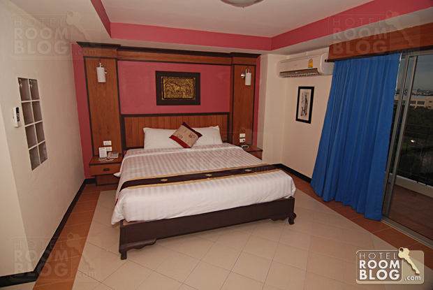 Pattaya Bay resort deluxe room